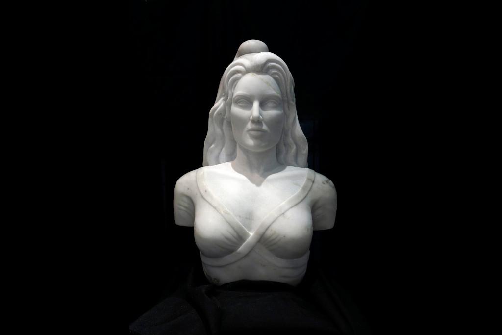 Emilie Sartelet - Sculpture - Figuratif - Marianne